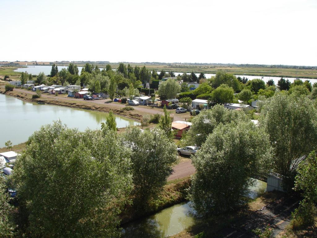 Contact et informations sur le camping le Bateau